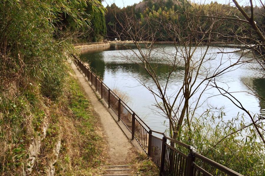 丑ヶ池親水公園